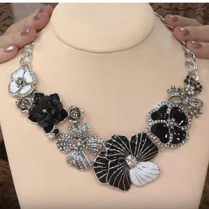 NWOT Joan Rivers Statement Necklace